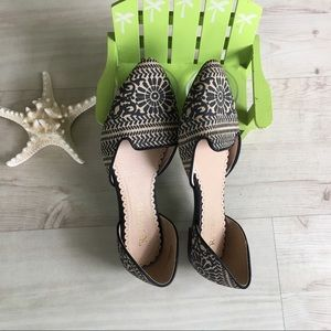 Beautiful Restricted Flats Very nice Design Size7M